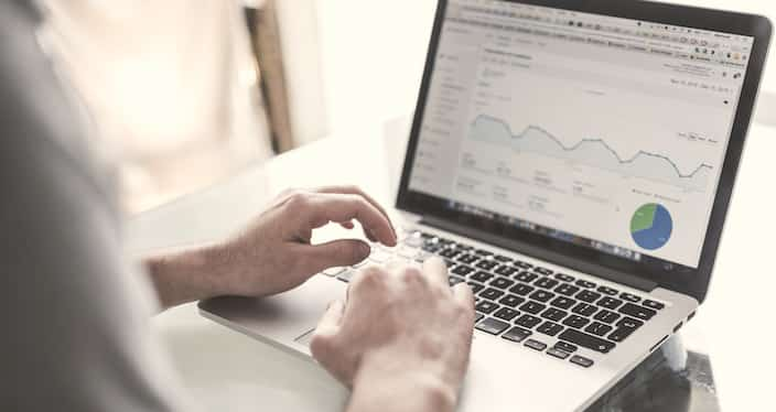 Mobile Analytics am Laptop